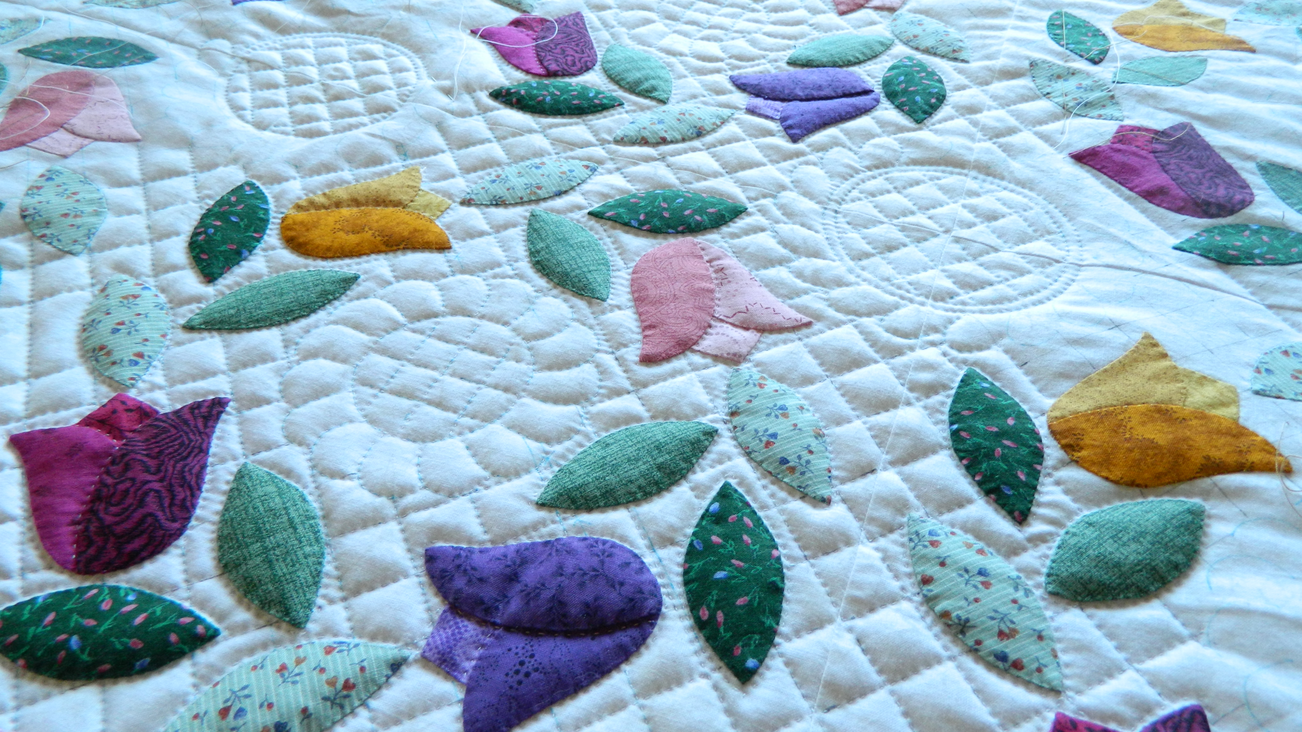 hand-quilting | Simple Bird Applique